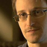 Эдвард Сноуден, чехол для смартфонов