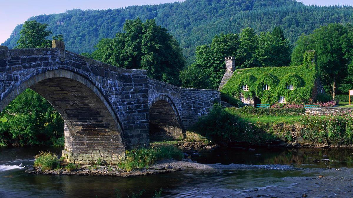 Уэльс, муниципальный налог