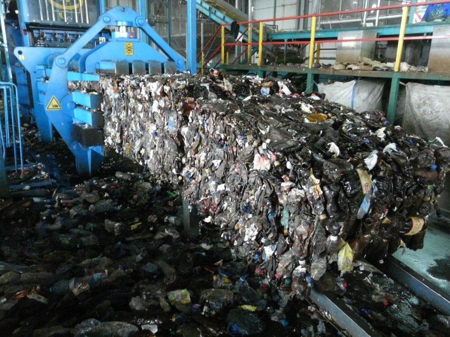 Бизнес, мусор, переработка, пластиковые отходы