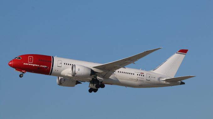 Air International, рейсы в США