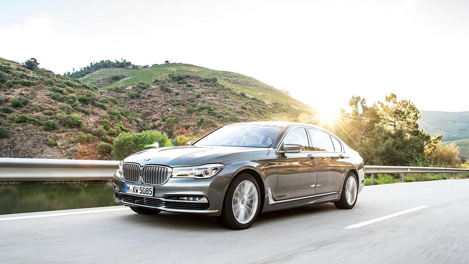 сокращение пенсий, заводы BMW в Великобритании