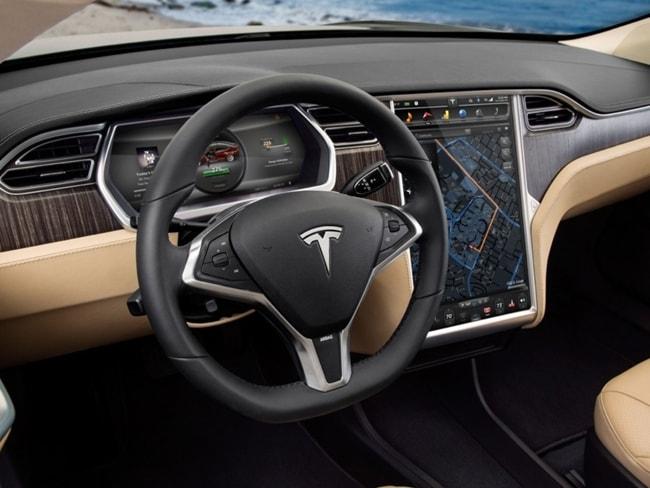 Tesla, производитель электромобилей