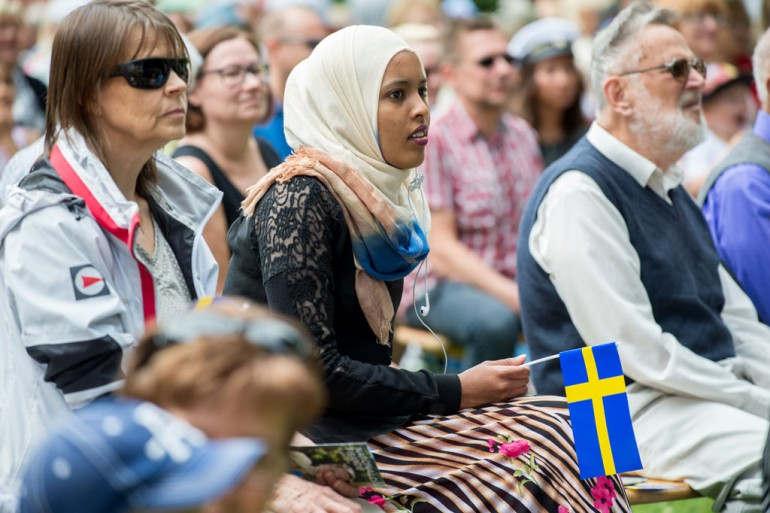 Швеция, рейтинг, неравенство, социальные отчисления, пособия по безработице