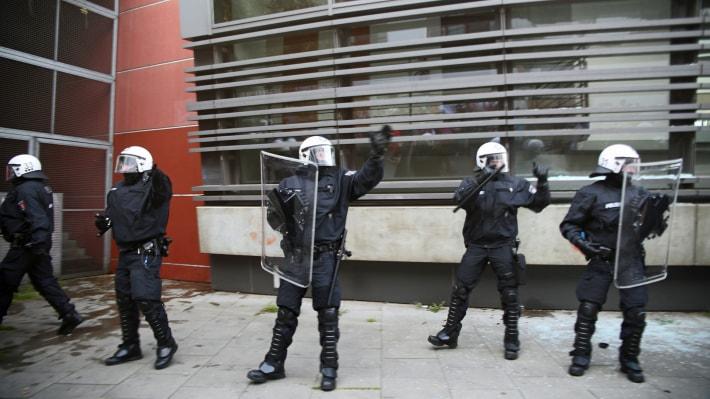 саммит G20, Меркель, полицейские, демонстранты