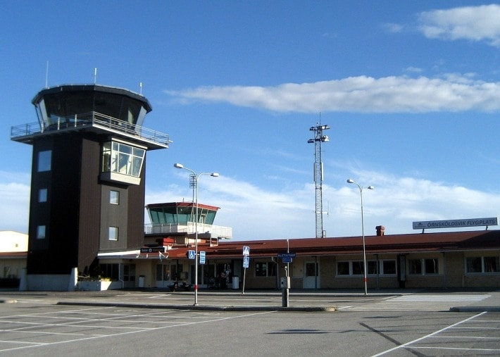 аэропорт, Швеция, взлетно-посадочная полоса