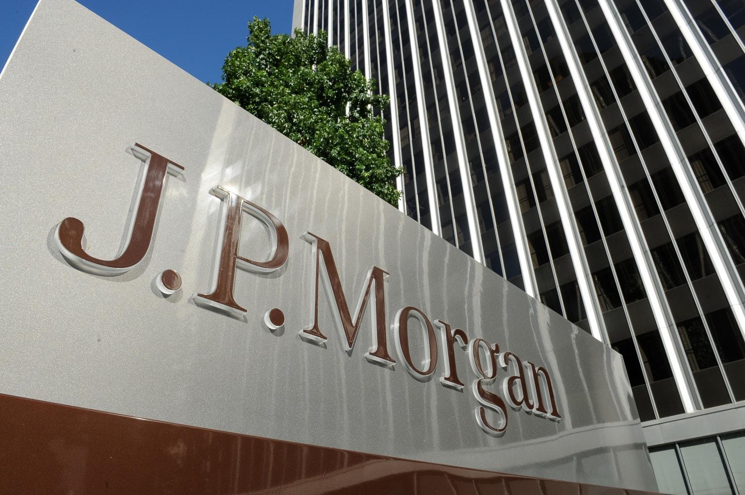JPMorgan, Шарлоттсвилл, защита прав человека