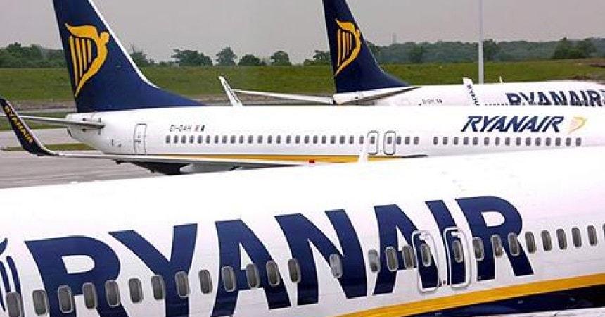 Ryanair, авиакомпания, пассажиропоток