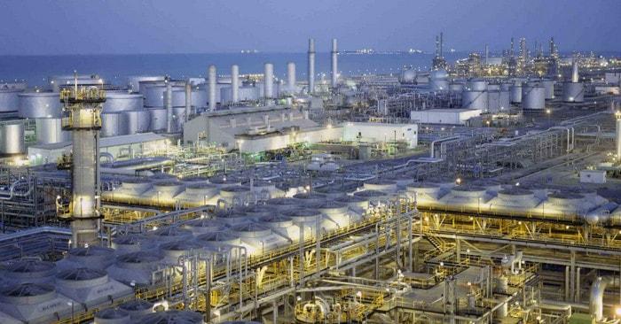 Aramco, сырая нефть, химикаты