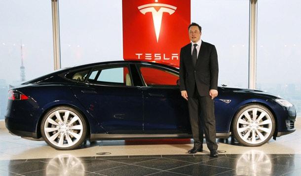 Tesla 3, Элон Маск