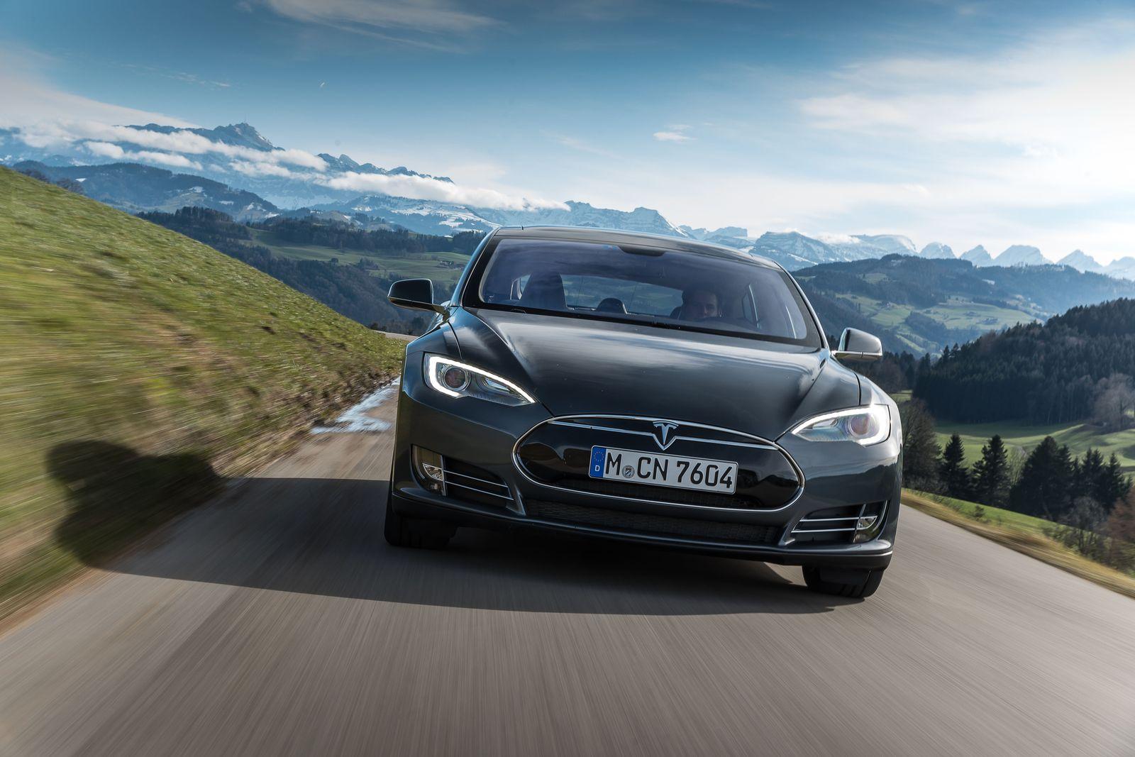 Норвегия, Tesla