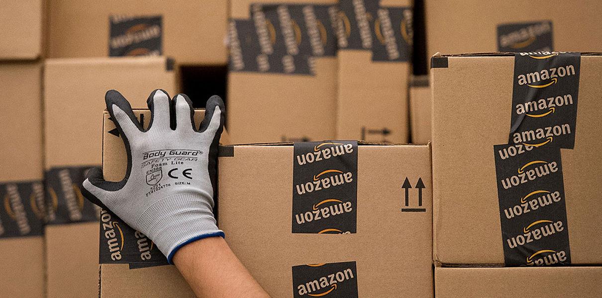 доставка, сервис доставки, UPS, FedEx, Amazon