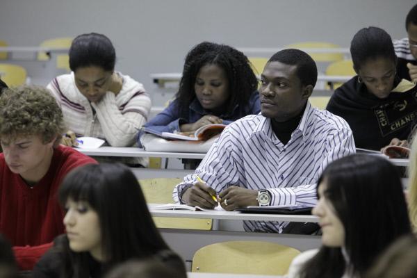 иностранные студенты, рабочие места