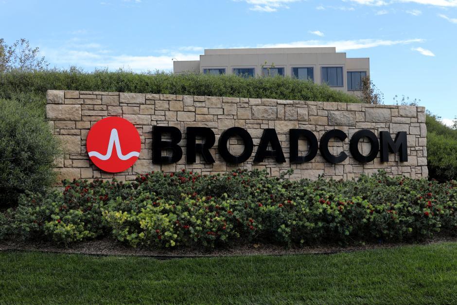 Broadcom, Qualcomm