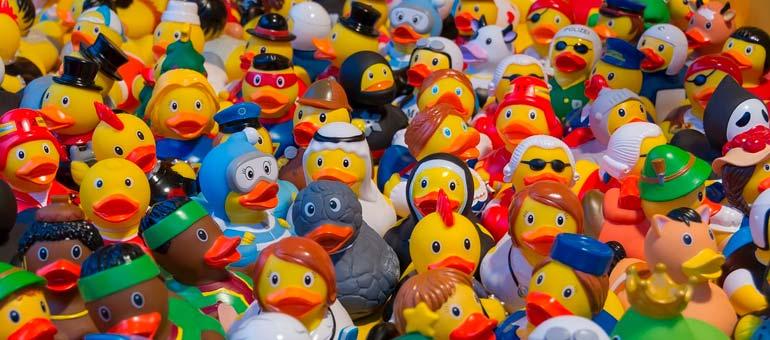 опасные игрушки, мир против вредных игрушек
