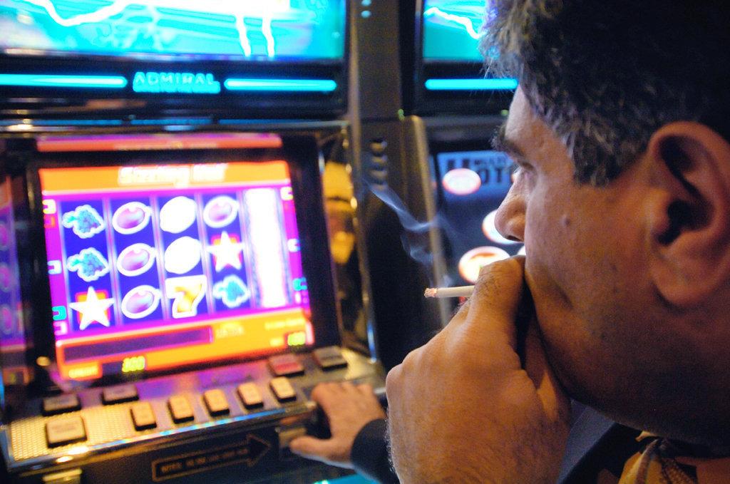 Виртуалды казино тегін ойнайды