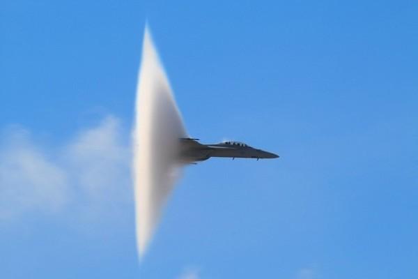 скорость звука, сверхзвуковой самолет