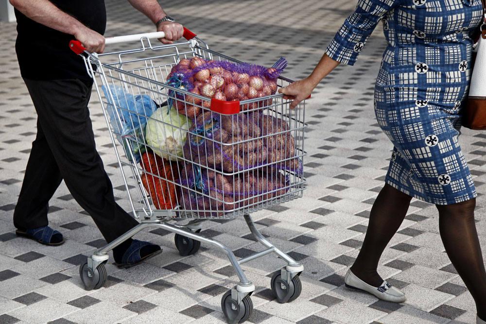 розничный торговец, покупатель, шоппинг