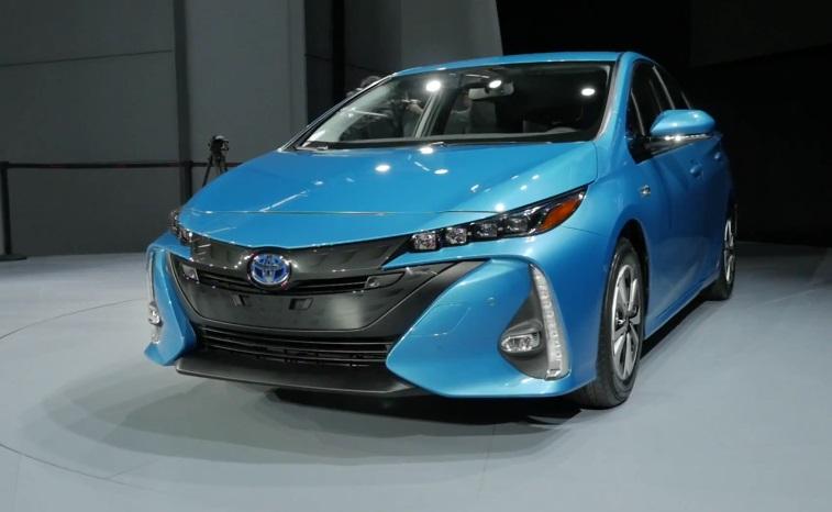 японский автопроизводитель, Toyota, электрокар, гибрид