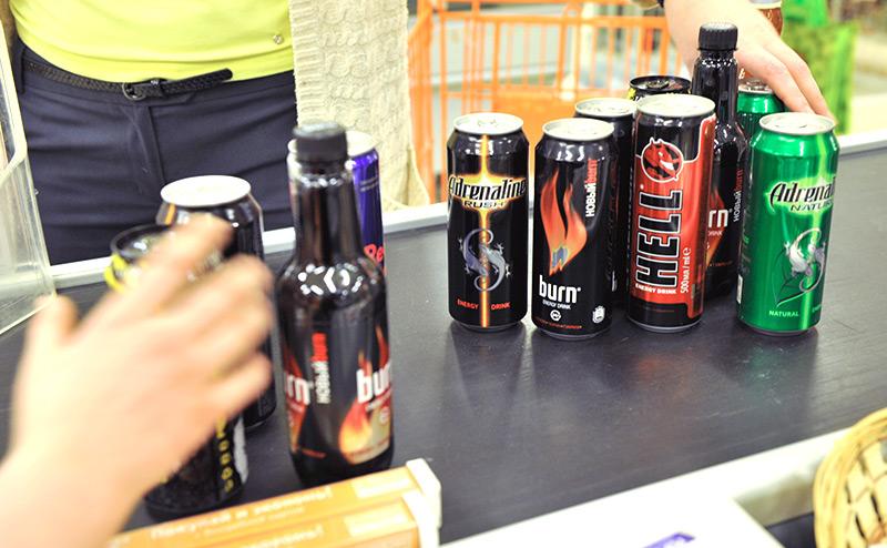 Великобритания, энергетические напитки, энергетики, подростки, запрет, сахар, кофеин