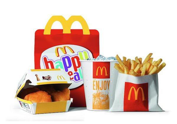 МакДональдс, Хэппи Мил, детское меню, наггетсы, картофель фри