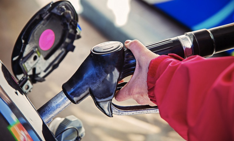 Япония, бензин, автомобили, заправки