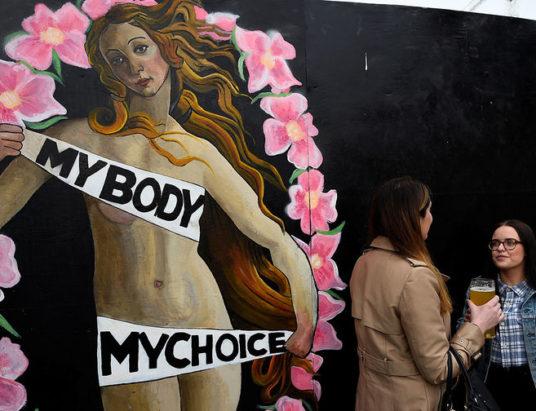 легализация абортов, Католическая церковь, Ирландия