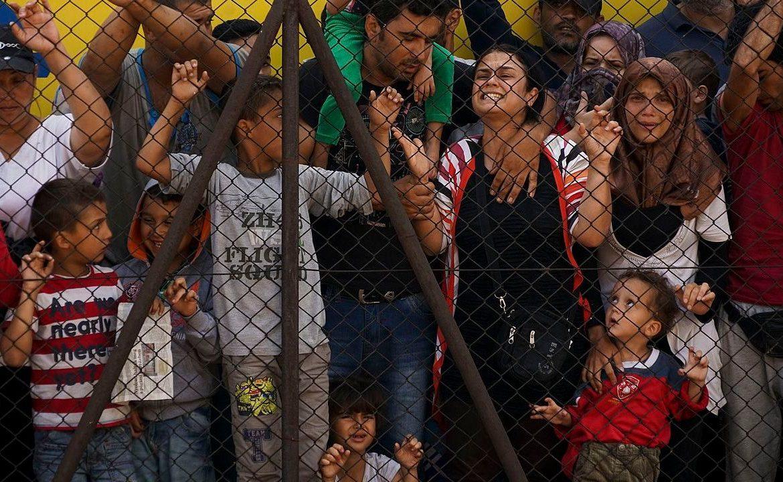 нелегальный мигрант, закон о родителях и детях, США Дональд Трамп, нулевая терпимость
