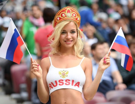 общественная мораль, русские девушки с иностранцами, депутат Плетнева, Чемпионат мира по футболу