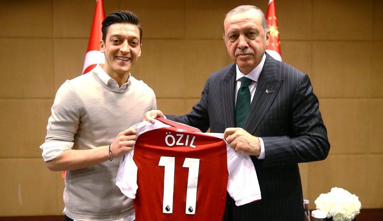 турки в Германии, Озил и Эрдоган, мигранты в Германии, немецкий футболист, президент Турции