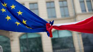 Польша и ЕС, конфликт сторон, Европейская комиссия