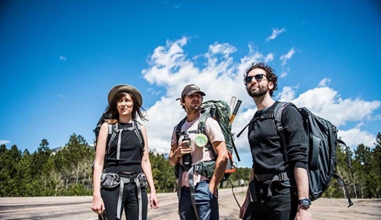 путешествовать по миру, почему путешествовать, молодые люди