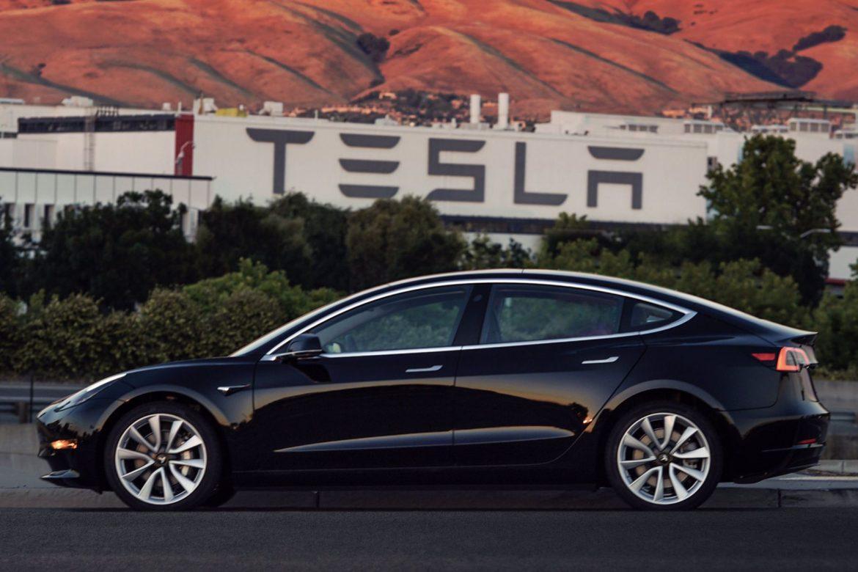 Tesla Model 3, Илон Маск, компания Tesla