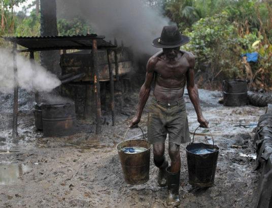 незаконная добыча ресурсов, использование природных ресурсов, касситерит, африканские страны