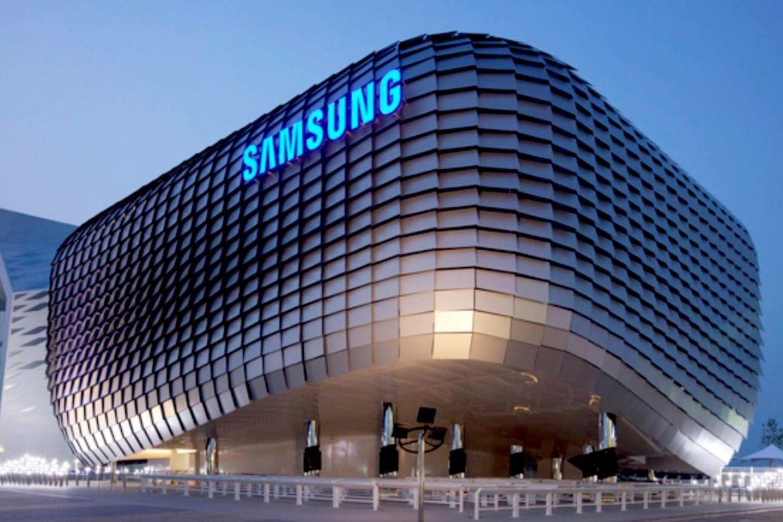компания Samsung, рабочие места и бизнес, правительство Южной Кореи
