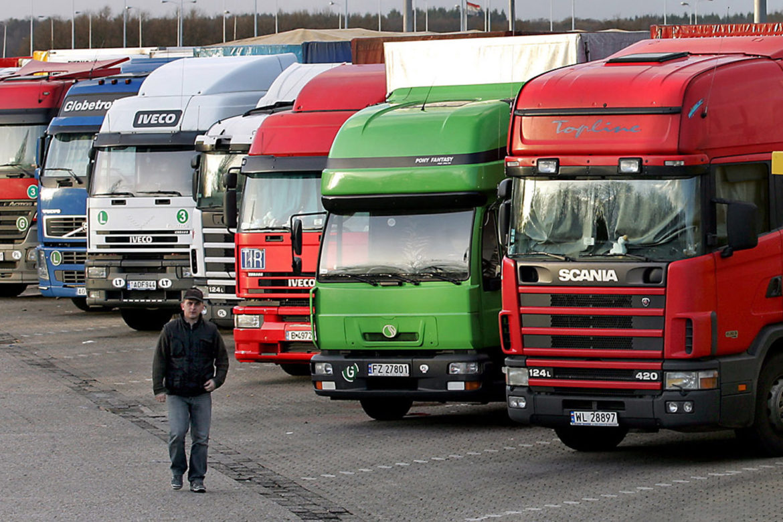грузовики, транспорт, вредные выбросы, Европейский Союз
