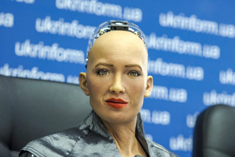 робот София, робот в Украине, женщина-андроид, интервью София