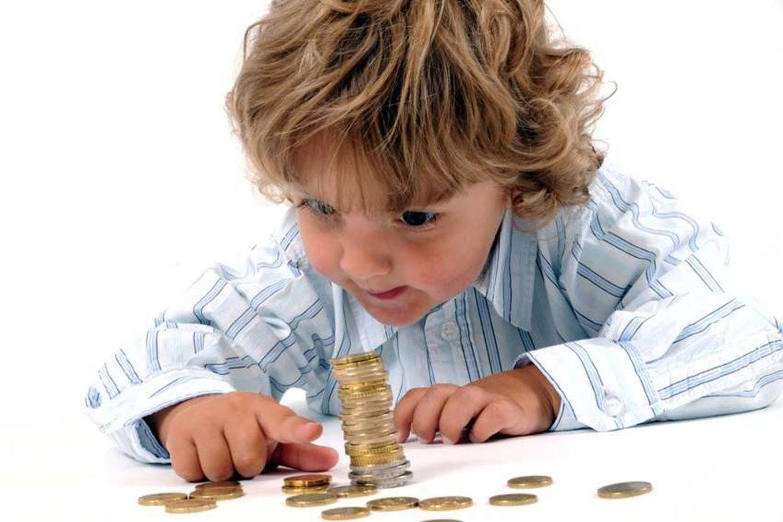 социальные выплаты, по уходу за ребенком, пособие, РФ