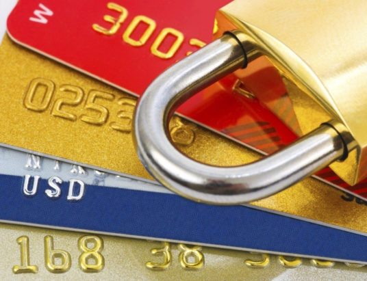 блокировка карт банком, почему блокируют карты, как разблокировать карту банка, подозрительные операции, операции с банковскими картами
