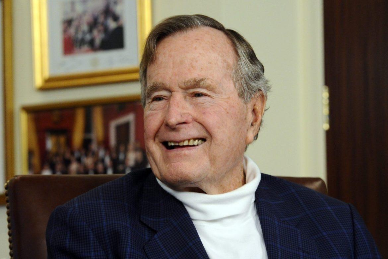 Джордж Буш   41-й Президент Америки   Биография