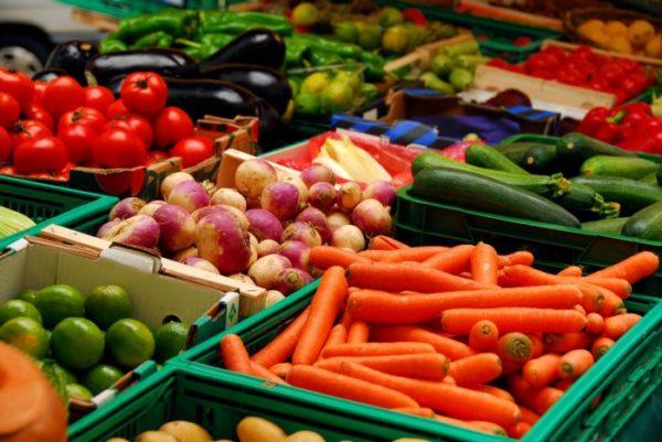 мытые овощи и фрукты