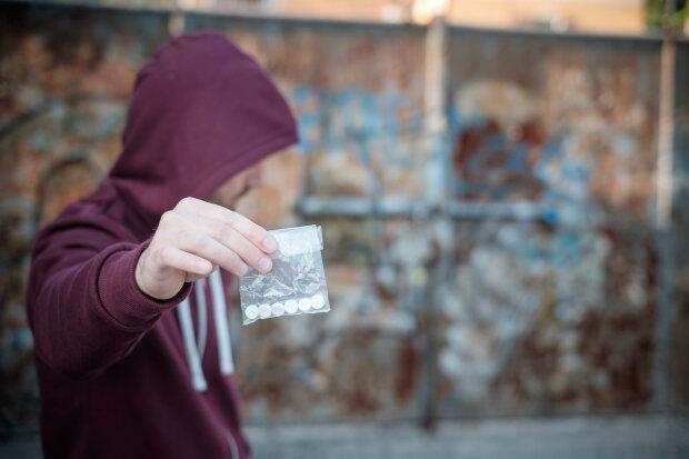 наркоторговец