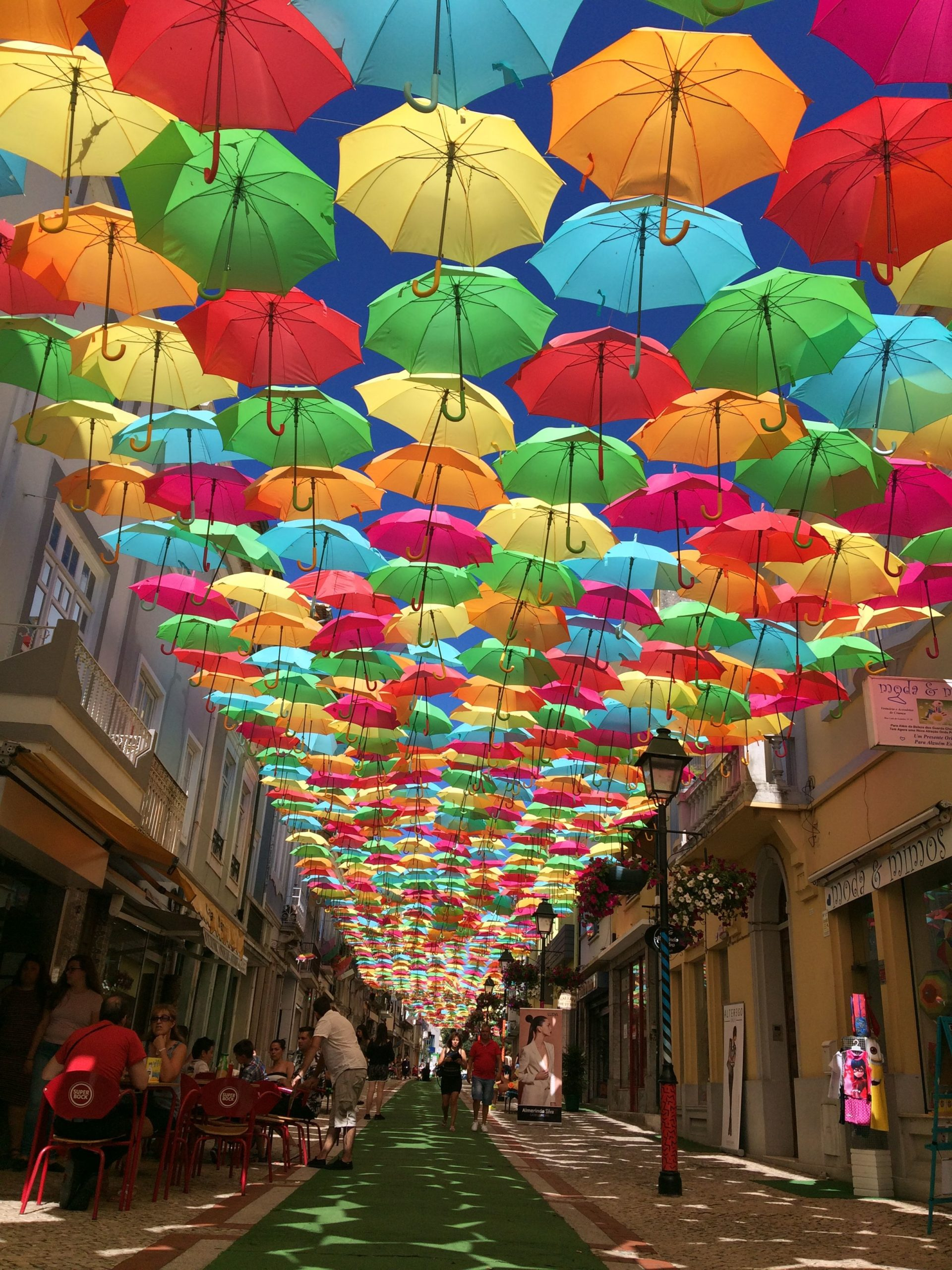 Umbrella Sky Project, Агеда, Португалия