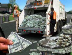 Доллары в мусоре