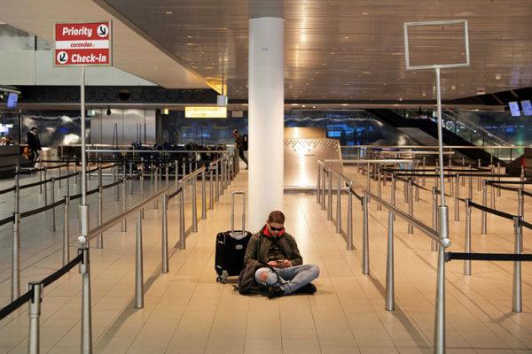 пустой аэропорт