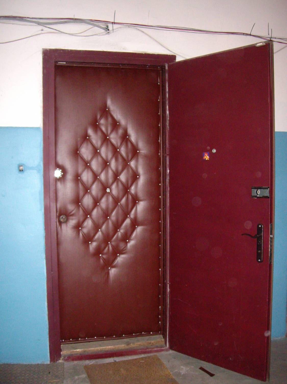 дермантиновая дверь