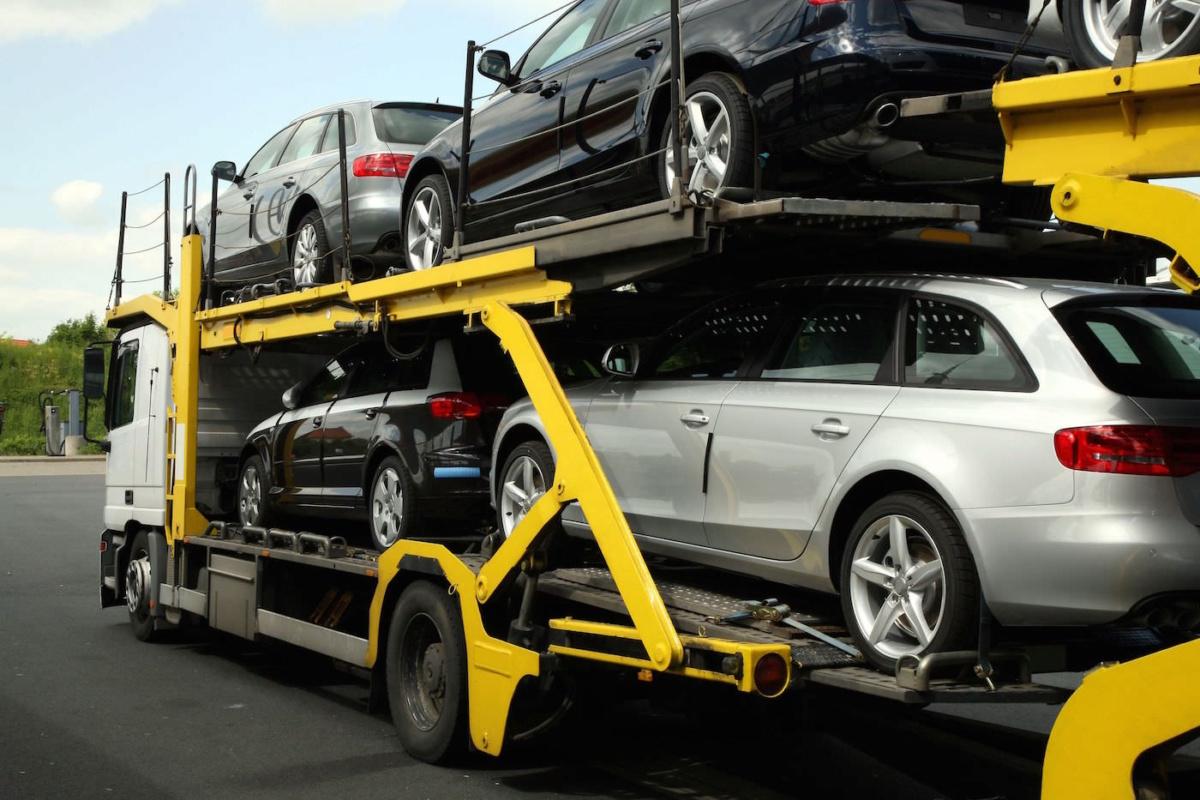 транспортировка легковых автомобилей