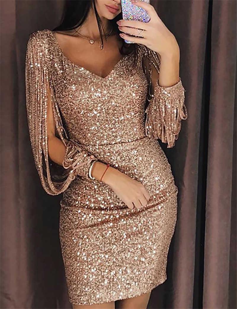 коктейльное платье в золотых пайетках