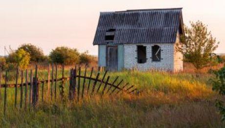 Заброшенный дачный домик