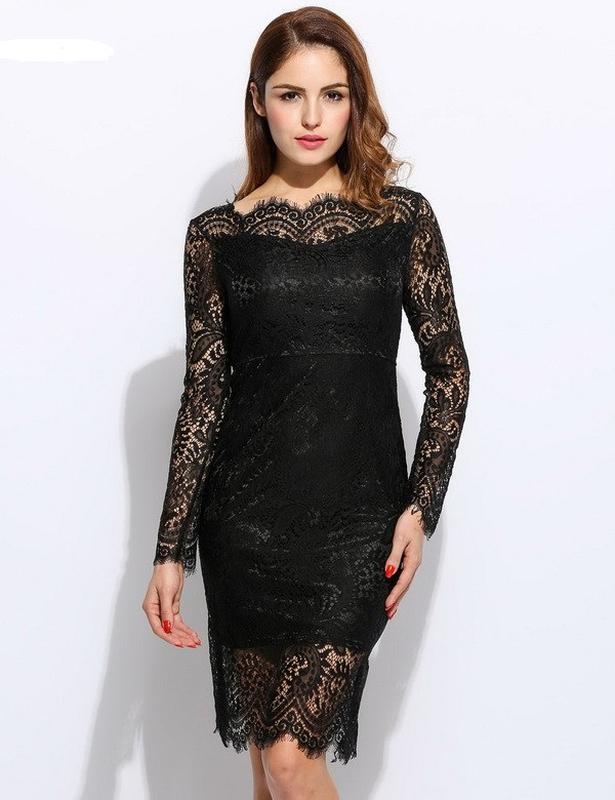 Девушка в гипюровом черном платье