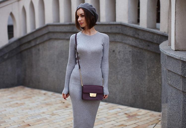 Трикотажное платье в обтяжку